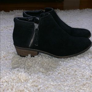 SM New York Black ankle boots